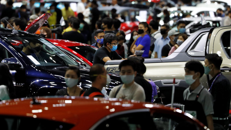 Bangkok Electric motor Program opens up, the initial in months, as pandemic constraints simplicity