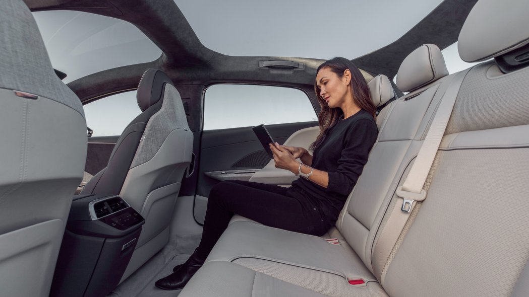 Lucid Air electrical vehicle disclosed|Pictures, functions, specifications as well as even more