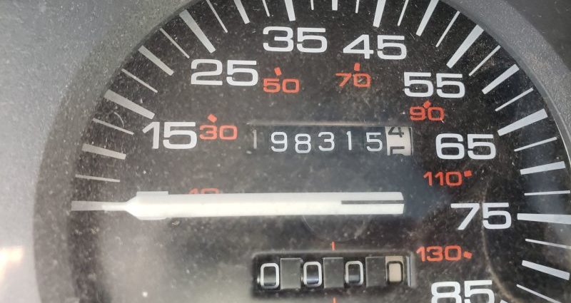 Junkyard Treasure: 1990 Jeep Cherokee Laredo