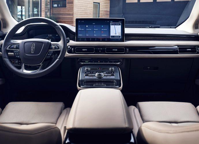 2021 Lincoln Nautilus freshened with upgraded inside