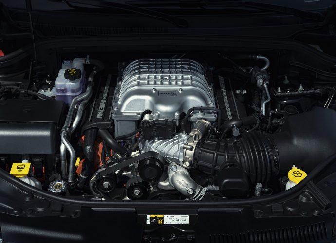 2021 Dodge Durango SRT Hellcat Testimonial|Engine specifications, inside, rate