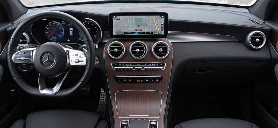 2021 Mercedes-Benz GLC-Class Evaluation Rate, specifications and also images of GLC 300, GLC 43 and also GLC 63