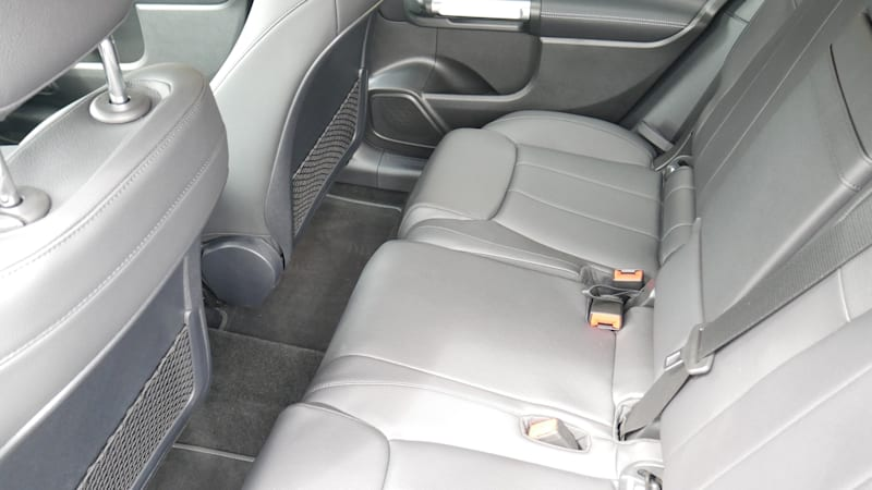Mercedes-Benz GLA vs GLB Freight Area Contrast