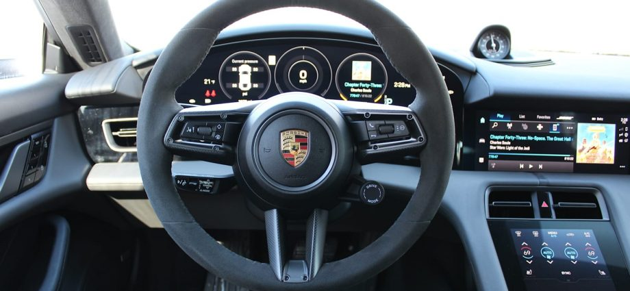 2021 Porsche Taycan Testimonial|Variety, 0-60, specifications, images
