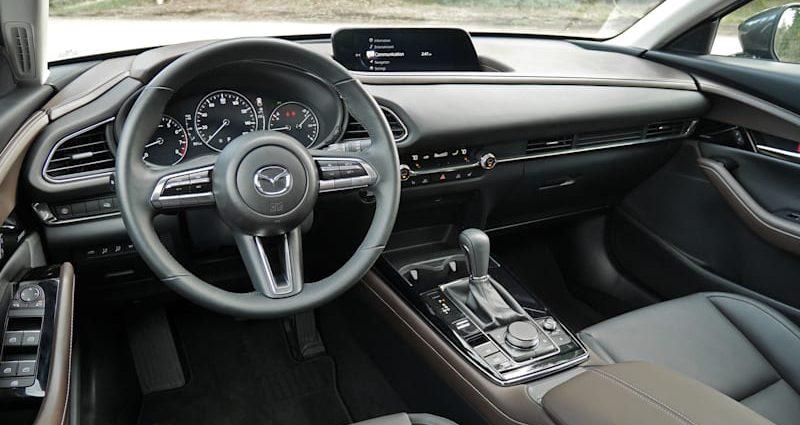 2021 Mazda CX-30 Inside Testimonial|A budget-friendly, superior heavyweight