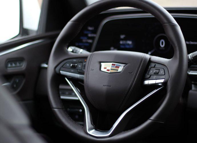 2021 Cadillac Escalade Inside Evaluation Tech-forward citadel