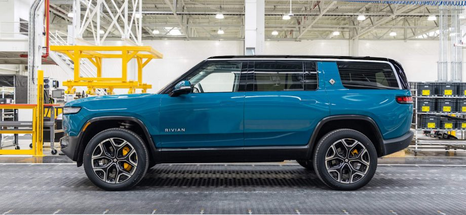 Rivian reveals guarantee information, equates to or betters Tesla in crucial locations