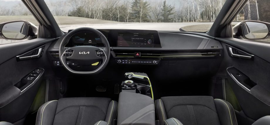 Kia EV6 GT will certainly do 0-60 in 3.5 secs, plus various other specifications as well as brand-new pictures disclosed