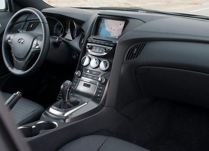 2010-2016 Hyundai Genesis Sports Car|Utilized Car Limelight
