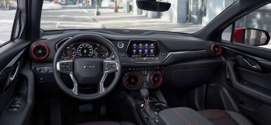 2022 Chevy Sports jacket goes down base engine, includes brilliant paint choices