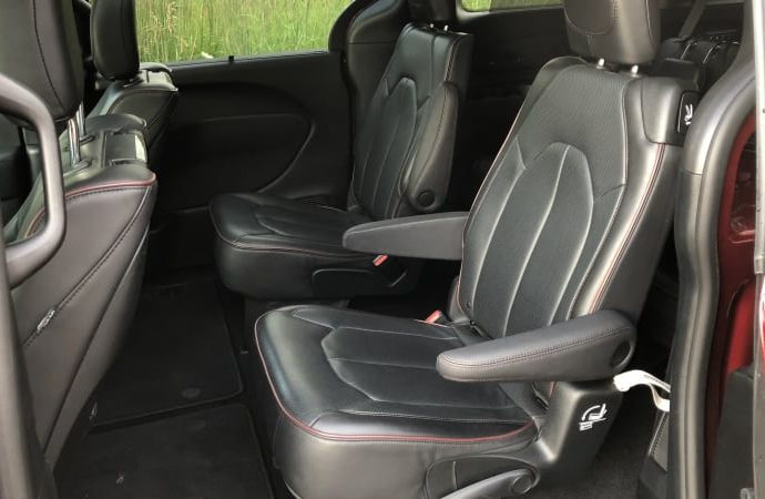 Are Chrysler's Stow 'N Go seats actually that terrific?