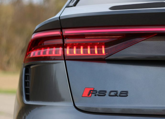 2021 Audi RS Q8 Practice Run Testimonial|The crossover sports car to obtain?