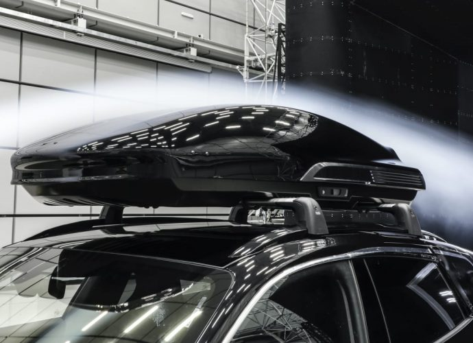 Porsche creates an Efficiency roofing box, great for quicken to 124 miles per hour