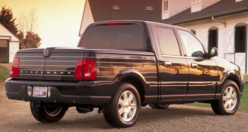 2002 Lincoln Blackwood|Utilized Car Limelight