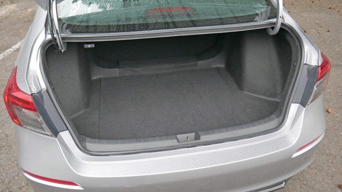2022 Honda Civic Baggage Examination Not-so-compact trunk