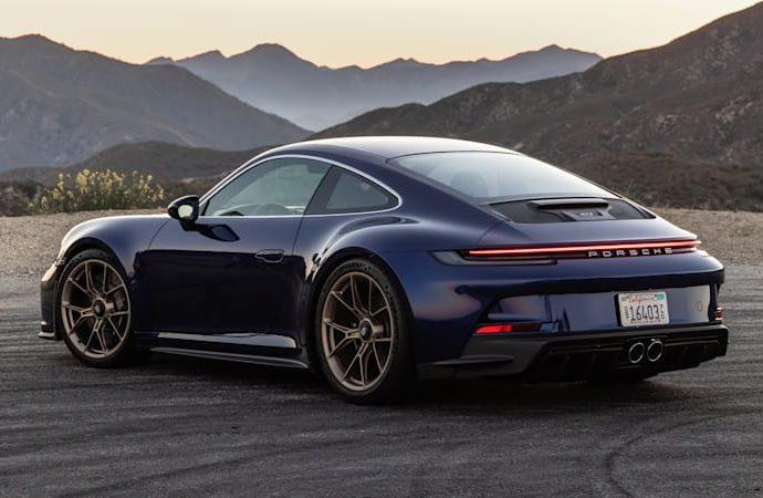 2022 Porsche 911 GT3 Touring First Drive Testimonial