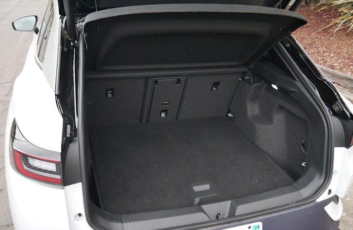 2021 Volkswagen ID.4 Travel Luggage Examination