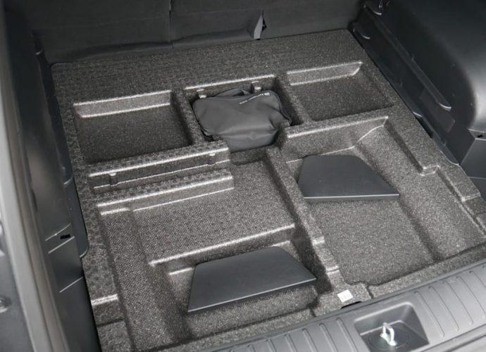 2022 Hyundai Tucson Baggage Examination