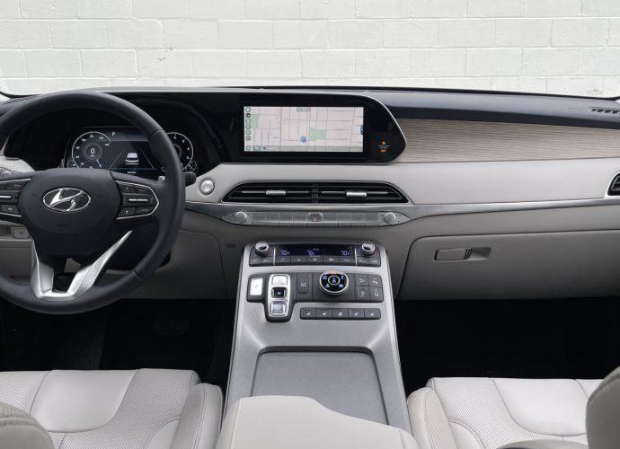 2022 Hyundai Palisade Evaluation Our 1b selection amongst three-row SUVs